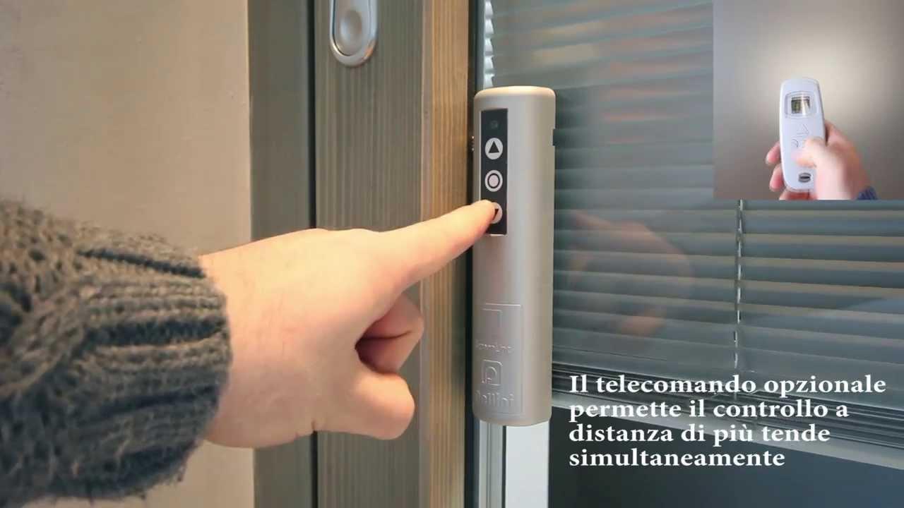 Casa immobiliare accessori veneziane elettriche for Finestre tipo velux prezzi